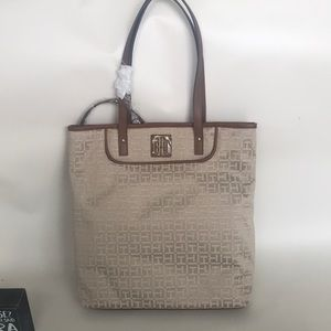 Tommy hilfiger cream color tote bag with tags